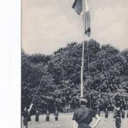Les Compagnons de France au camp : Envoyez les couleurs